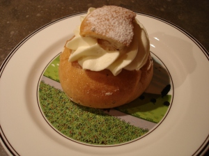 close up of semla